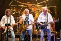 Neil Young and Crazy Horse To Release New Album In October