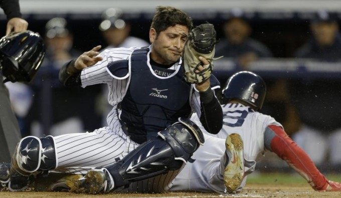 Cervelli catches Victorino getting greedy in the first inning